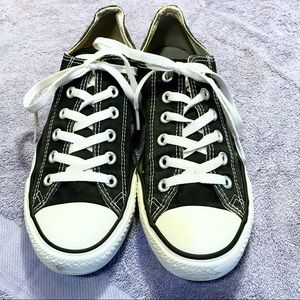 🎖Converse Chuck Taylor All Star Sneakers M-7 W-9